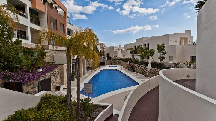 Испании управление недвижимость